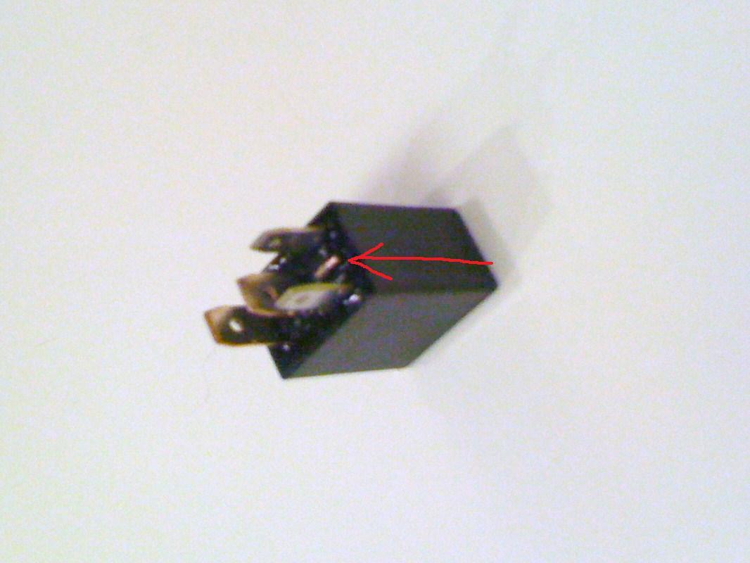 A/C Light Blinking on 2003 LTD-relay-jpg