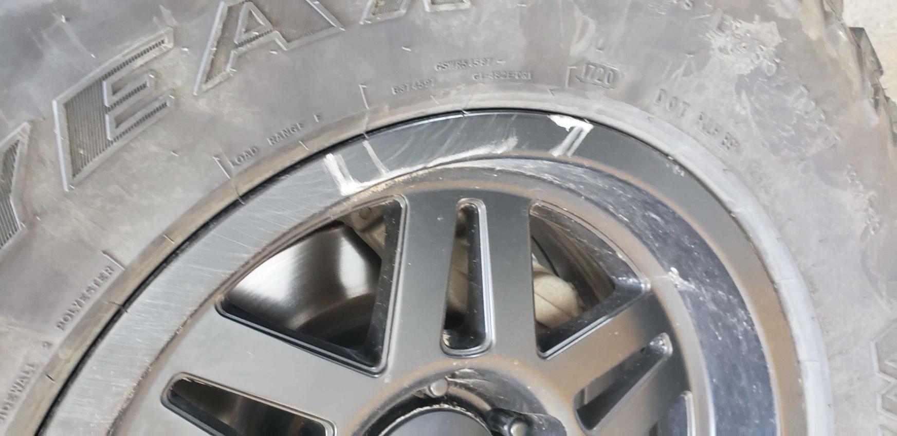 SCS Stealth 6 wheels 17x8.5-20191005_134533_compress18-jpg