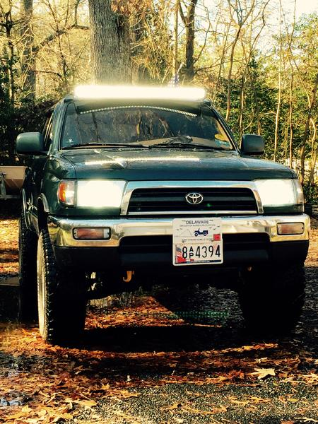 ... the slag factory mounts from downpour11 and re-powdercoat it but thats no biggie. Iu0027m happy how it turned out. Now all thatu0027s left is to rig up some ... & New Swamp Donkey light bar! - Toyota 4Runner Forum - Largest 4Runner ...